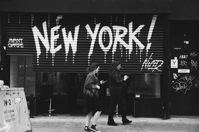 New York: riesige Zahl von Todesopfer. 2000 Tote in einem Tag!