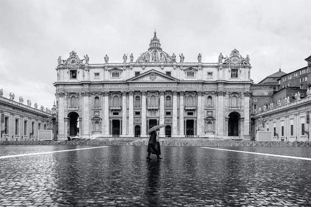 Ostern in Vatikan ohne Gläubiger