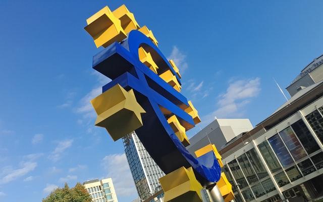 BIP in der Eurozone fast um 12% gesunken