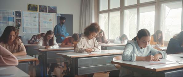 Krise verstärkt Druck im Schulalltag